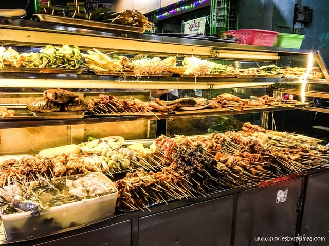 BBQ Street in Yangon | Myanmar Traditional Food | Must-try dishes of Burmese Cuisine | Stories by Soumya